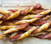 Cheesy Bacon Puff Pastry Twists